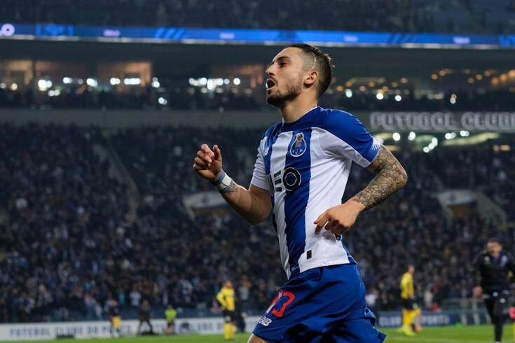 Alex Telles é uma das figuras do FC Porto