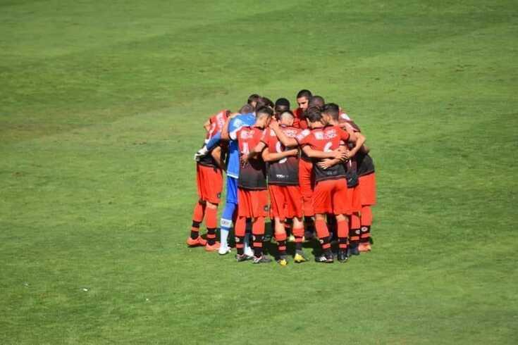 Equipa B do Varzim celebra a vitória de hoje sobre o Salgueiros