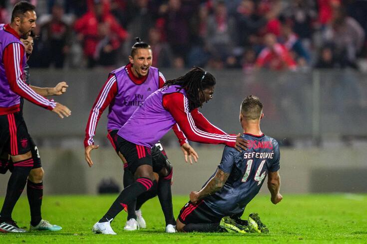 Seferovic decisivo no Moreirense-Benfica