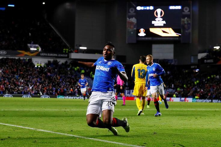 Morelos fez o primeiro golo do Rangers