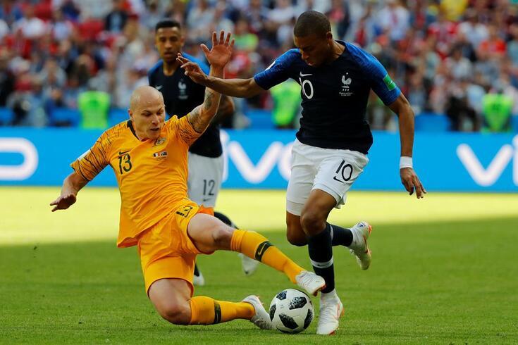 Mbappé entra na história do futebol francês