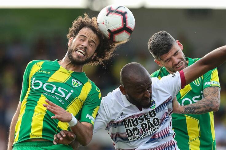 O Tondela venceu o Chaves e mantém-se na I Liga. Os flavienses caem de escalão