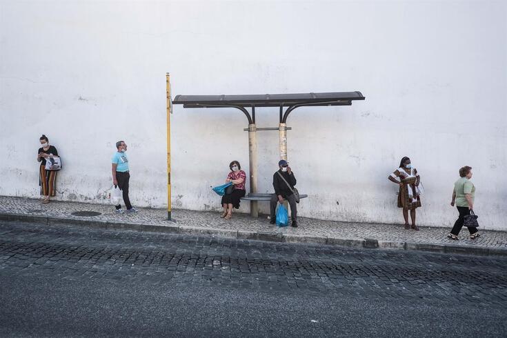 A taxa de incidência da covid-19 na Área Metropolitana de Lisboa (AML) apresenta uma tendência decrescente
