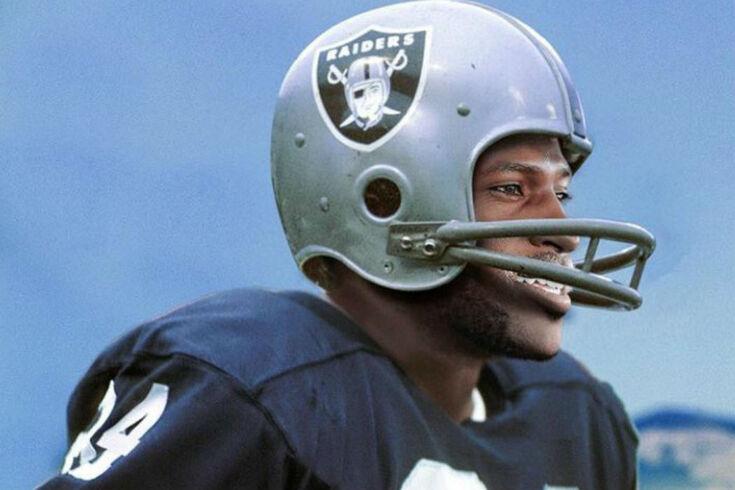 Antonio Brown, estrela dos Patriots, acusado de violação