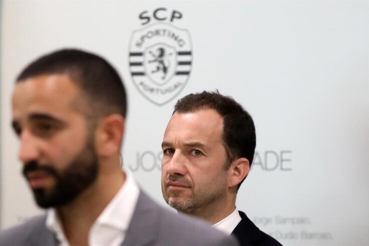 Dívidas e compromissos complicam investimento no plantel do Sporting