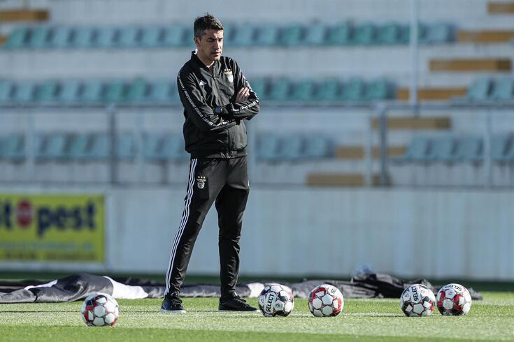 Bruno Lage e o Benfica tentam o regresso às vitórias