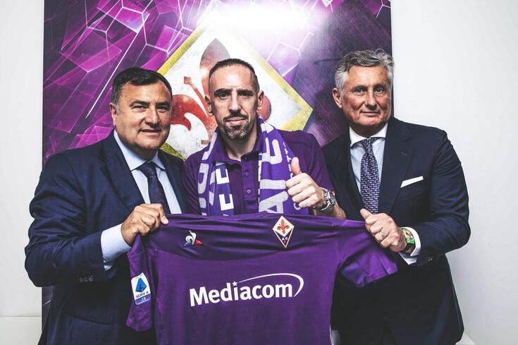 Oficial: após 12 anos no Bayern, Ribéry tem novo clube