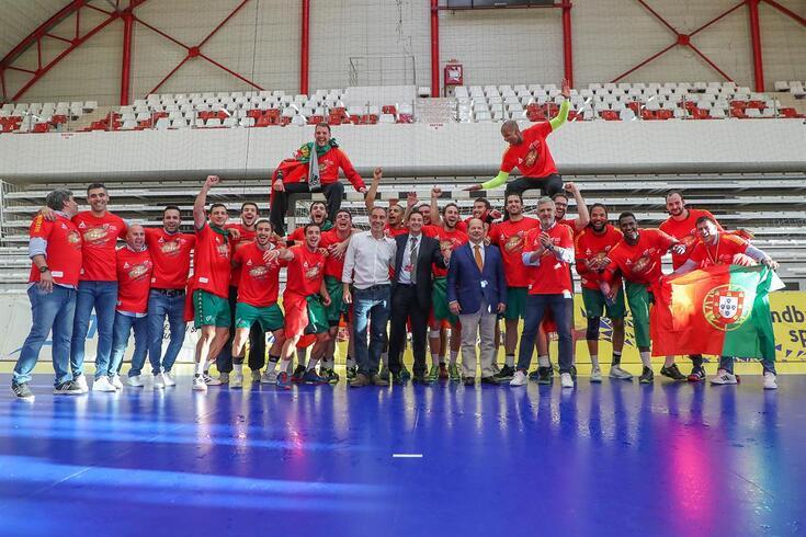 Seleção porguesa de andebol fez a festa na Roménia