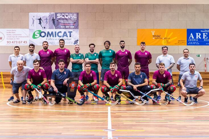 A comitiva portuguesa em Barcelona, com Edo Bosch no centro da fila de cima