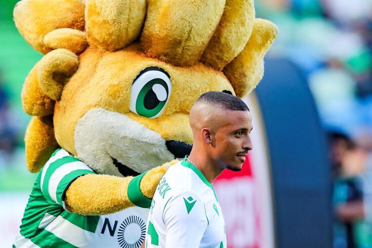 Bruno Gaspar não entra nas contas do Sporting