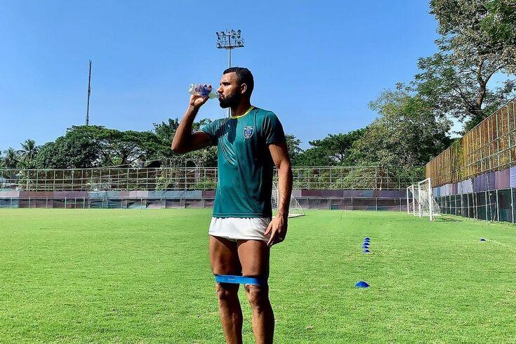 "Jogador do Fabril vai reencontrar Felipe Anderson: ""Que eu consiga pará-lo"""