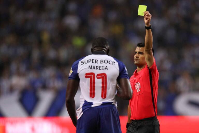 FC Porto volta ao jogo com o Chaves