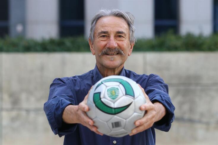 Futebol português de luto com falecimento de Fernando Peres, velha glória do Sporting