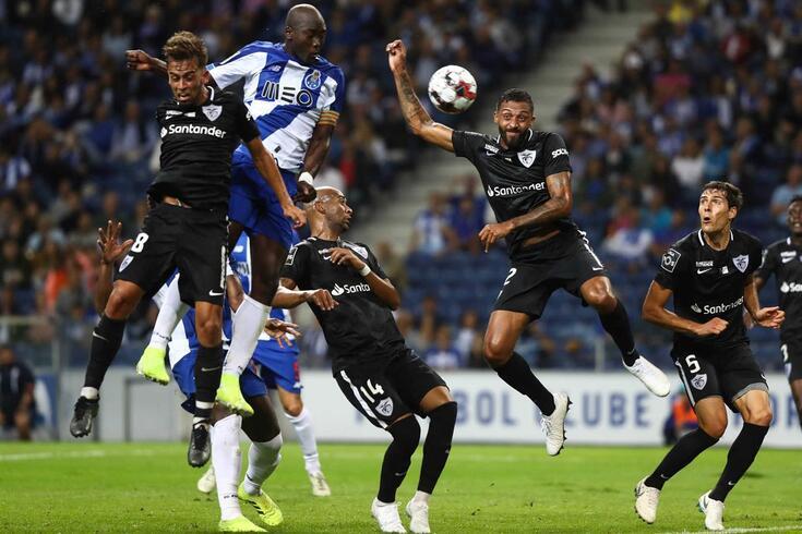 Na hora de atirar de cabeça, FC Porto é rei na I Liga