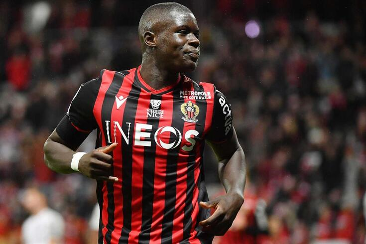 Malang Sarr deixou o Nice, assinou pelo Chelsea e é associado ao FC Porto