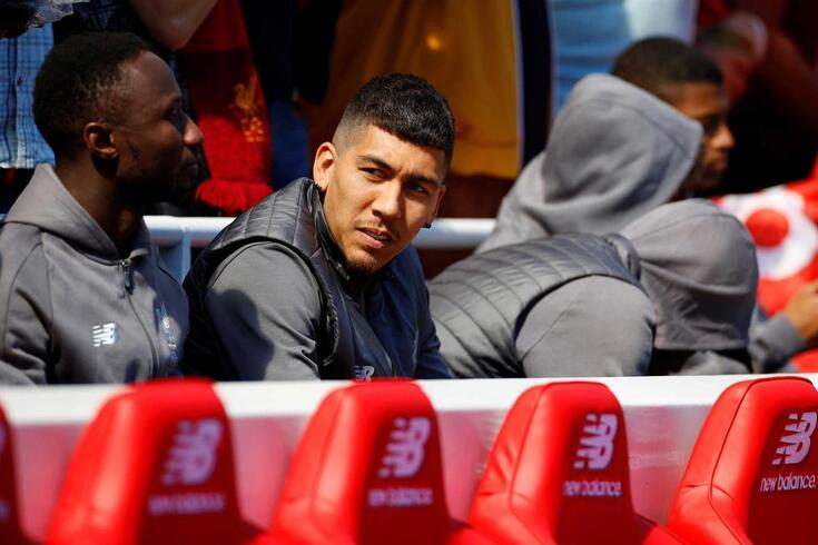 Roberto Firmino, avançado do Liverpool, está a ser cobiçado pelo PSG.
