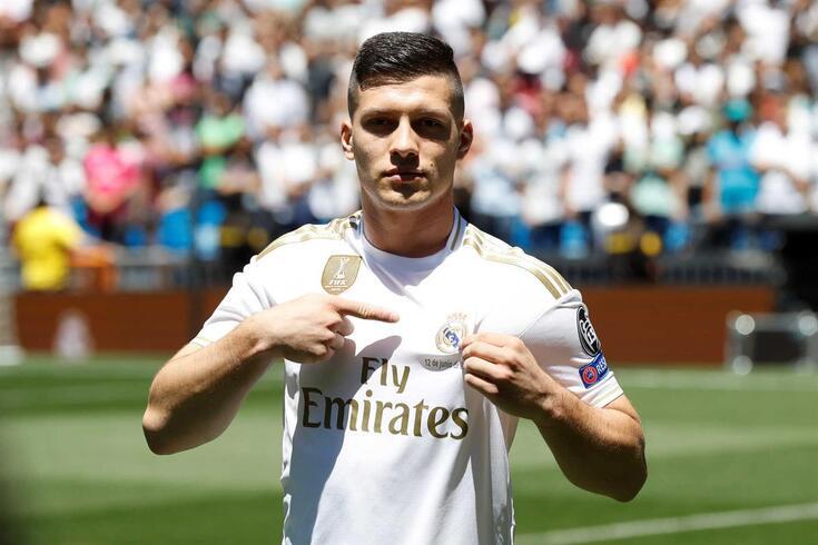 Luka Jovic foi apresentado como reforço do Real Madrid na última semana