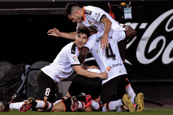 Valência e Atlético de Madrid empataram a dois golos