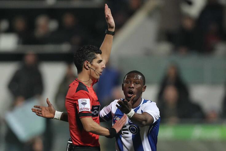 Waris continua ligado ao FC Porto