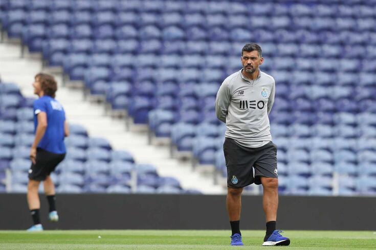Sérgio Conceição tem 15 jogadores ausentes