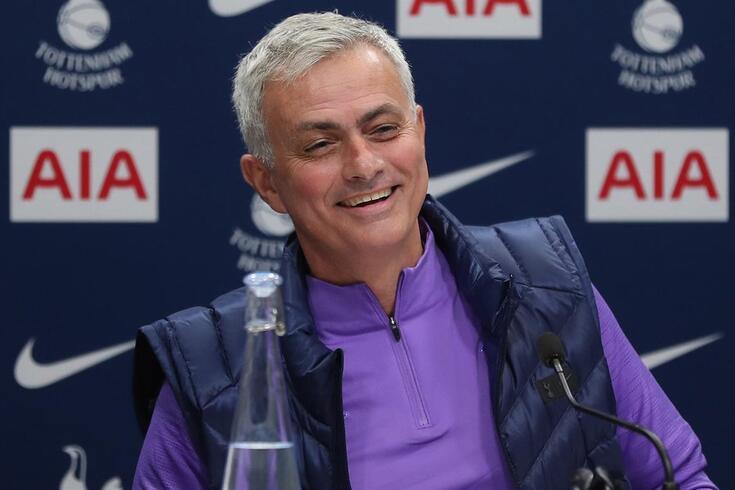 José Mourinho volta a sorrir