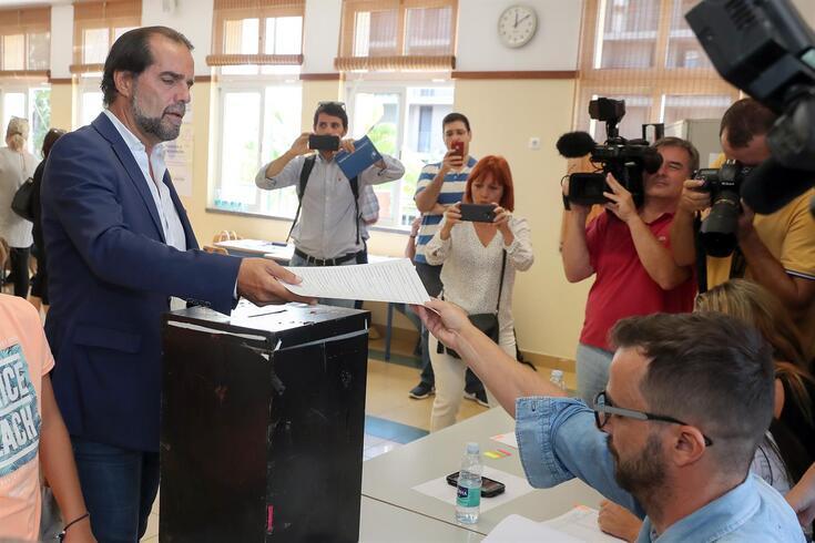 Miguel Albuquerque, cabeça de lista do Partido Social Democrata (PSD) esta tarde quando exercia o seu