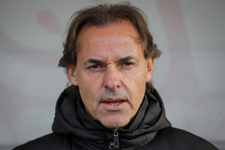 Quim Machado deixa o comando técnico do Vilafranquense