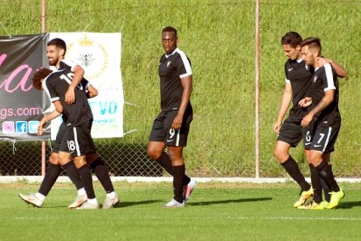O Casa Pia vai disputar o play-off de acesso à II Liga, para desconsolo do Real
