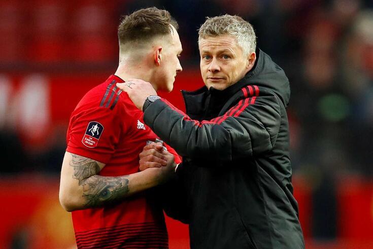 Há mais um nome na lista de possíveis treinadores do Manchester United