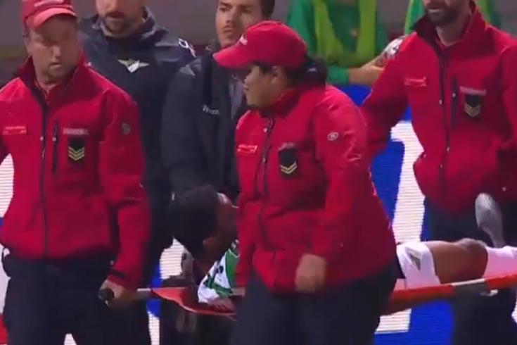 Moreirense-Benfica: o momento em que Djavan deixa o relvado de maca