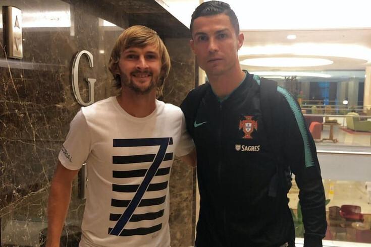 Lateral do Boavista esperou 14 horas para tirar fotografia com Ronaldo