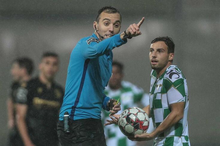 João Pinheiro vai apitar o Belenenses SAD-FC Porto.