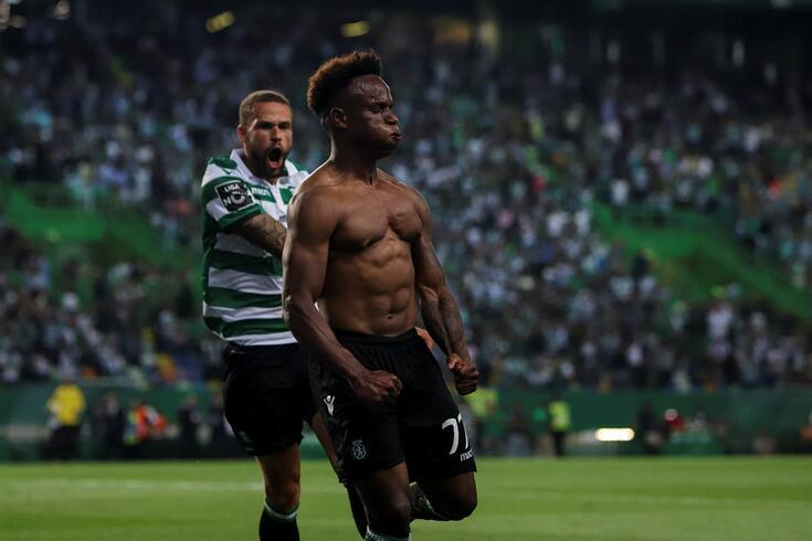 Jovane Cabral herói do Sporting ao cair do pano