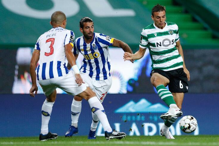 Palhinha com Sérgio Oliveira e Pepe