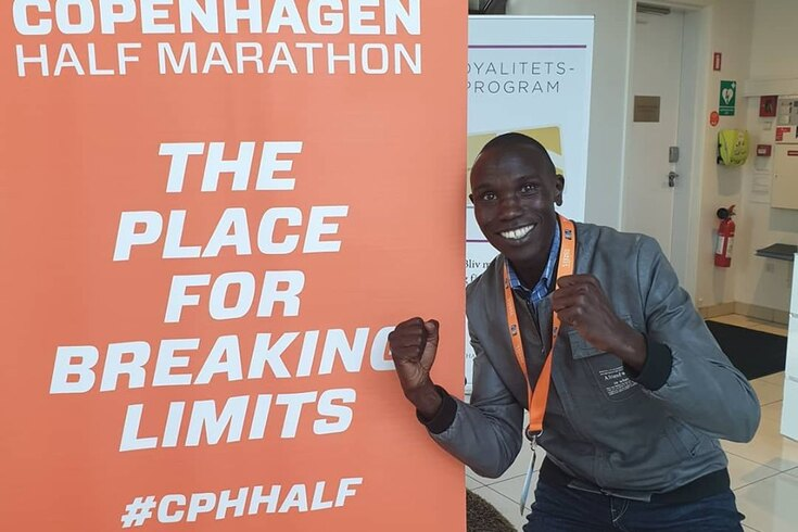 Queniano Geoffrey Kamworor estabelece novo recorde mundial da meia maratona