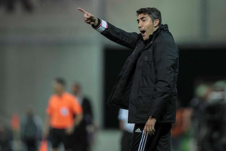 Lage planeia dar nova volta ao onze do Benfica