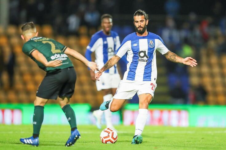 Sérgio Oliveira regressou após lesão
