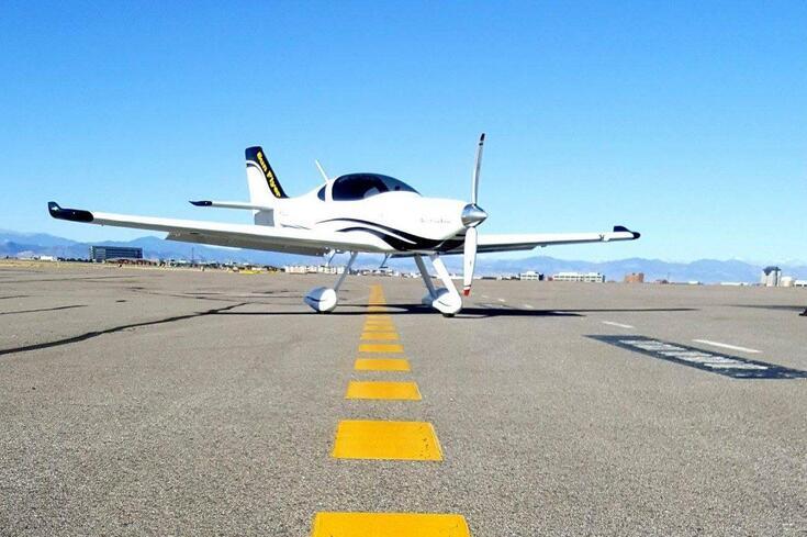 Já pode aprender a pilotar um avião elétrico