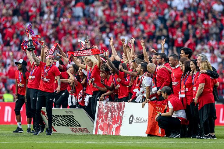 Benfica juntou a subida de divisão à Taça de Portugal