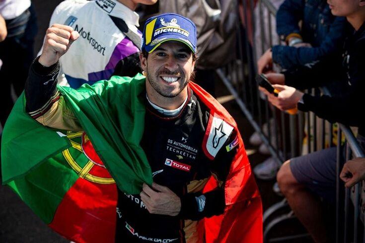 """Félix da Costa vive """"recomeço de sonho"""" do Mundial de Fórmula E"""