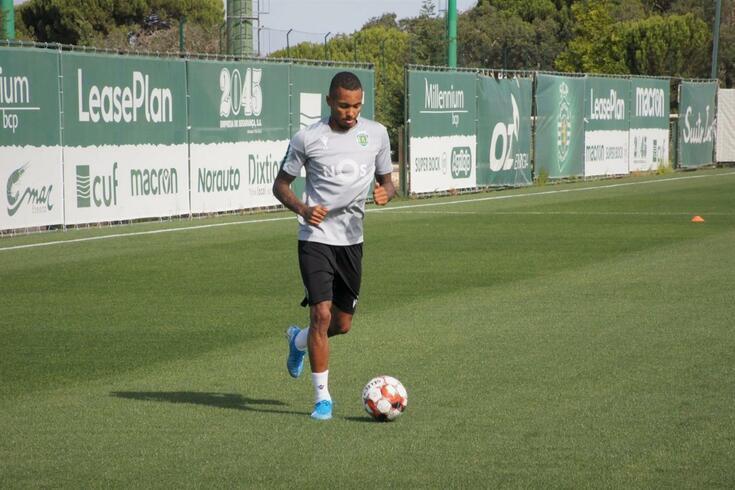 Fernando ainda não jogou pelo Sporting