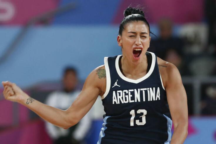 Argentina eliminada devido a erro de indumentária