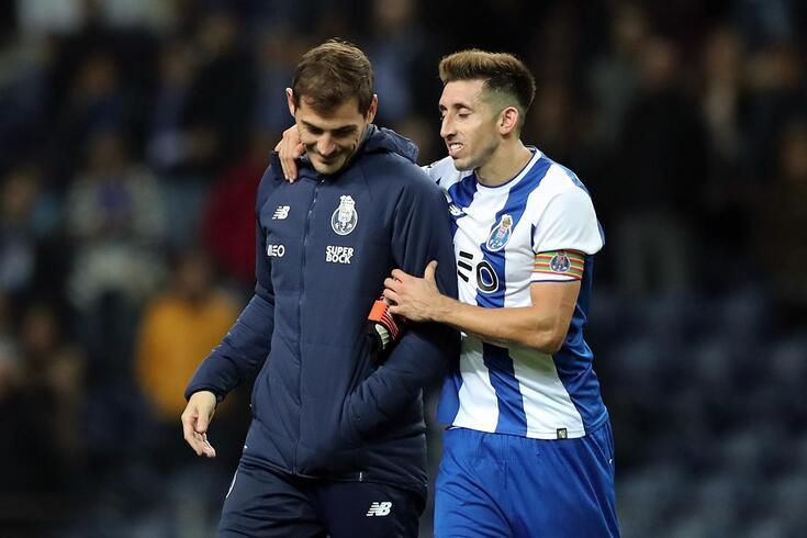 Casillas e Herrera com a camisola do FC Porto