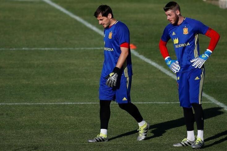 Iker Casillas ao serviço da seleção espanhola.