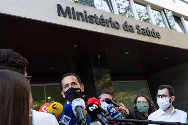 Pedro Proença à saída do Ministério da Saúde, na segunda-feira