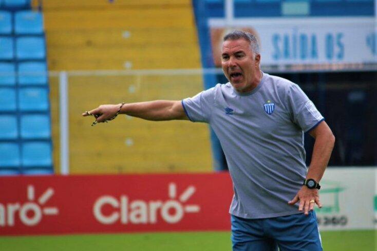 Augusto Inácio, treinador do Avaí