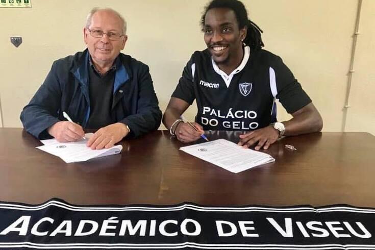 Kelvin Medina troca Vilafranquense pelo Académico de Viseu