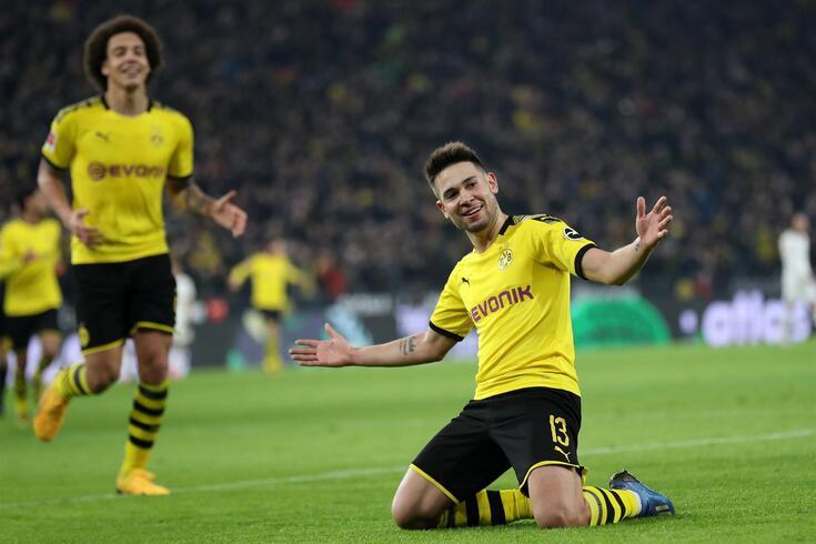 Raphael Guerreiro em grande foco na goleada do Dortmund
