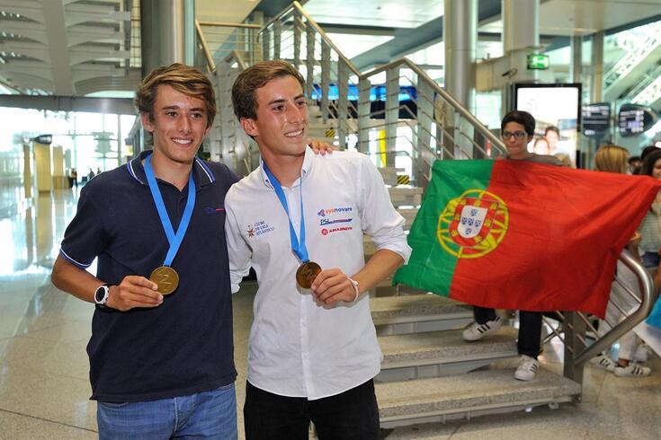 Diogo Costa e Pedro Costa ganham regata nos Mundiais de vela
