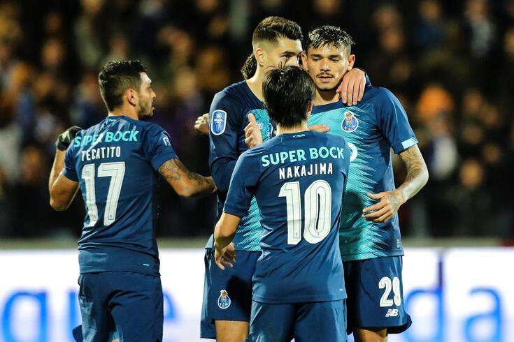 FC Porto um a um: Sérgio Oliveira tirouSaravia da cartola
